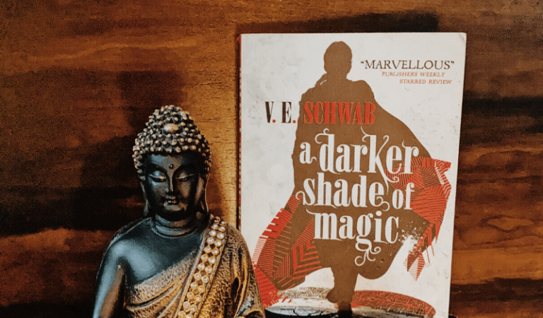 Book review of A Darker Shade of Magic by V E Shwab