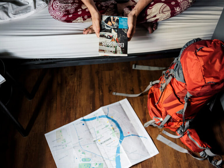 10 Travelogues You Must Read During Lockdown To Satisfy Your Wanderlust
