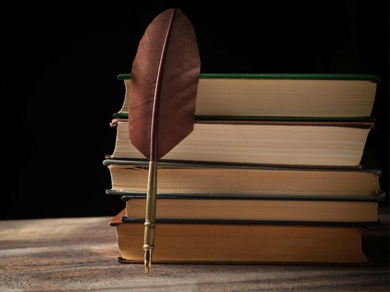10 Best Poetries Everyone Should Read