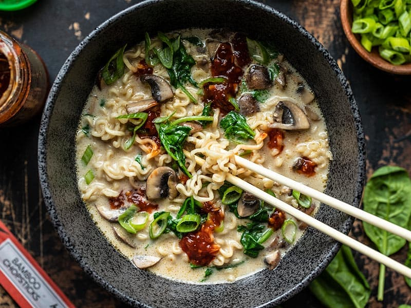 Comfort In 1 Bowl: One pot Dinners that would put even your FAV multi cuisine restaurants to shame. Creamy Mushroom Ramen